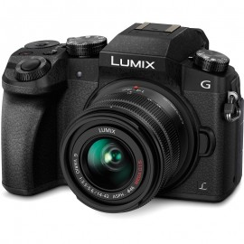 Panasonic Lumix G7 + 14-42mm f/3.5-5.6
